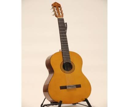 Đàn guitar Yamaha C40 chất lượng cao