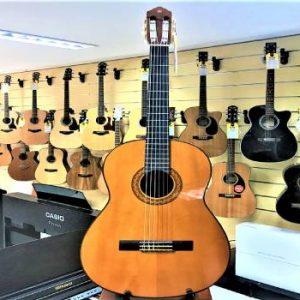 Đàn guitar Yamaha C70 mới nhất