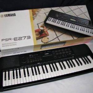 Đàn organ Yamaha PSR-273 kèm adaptor chính hãng