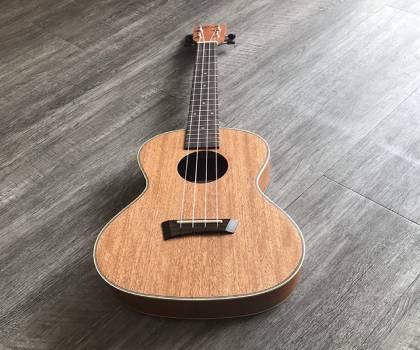 Gía đàn ukulele gỗ size 26